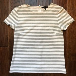 .:BANANA REPUBLIC TEE, S:.